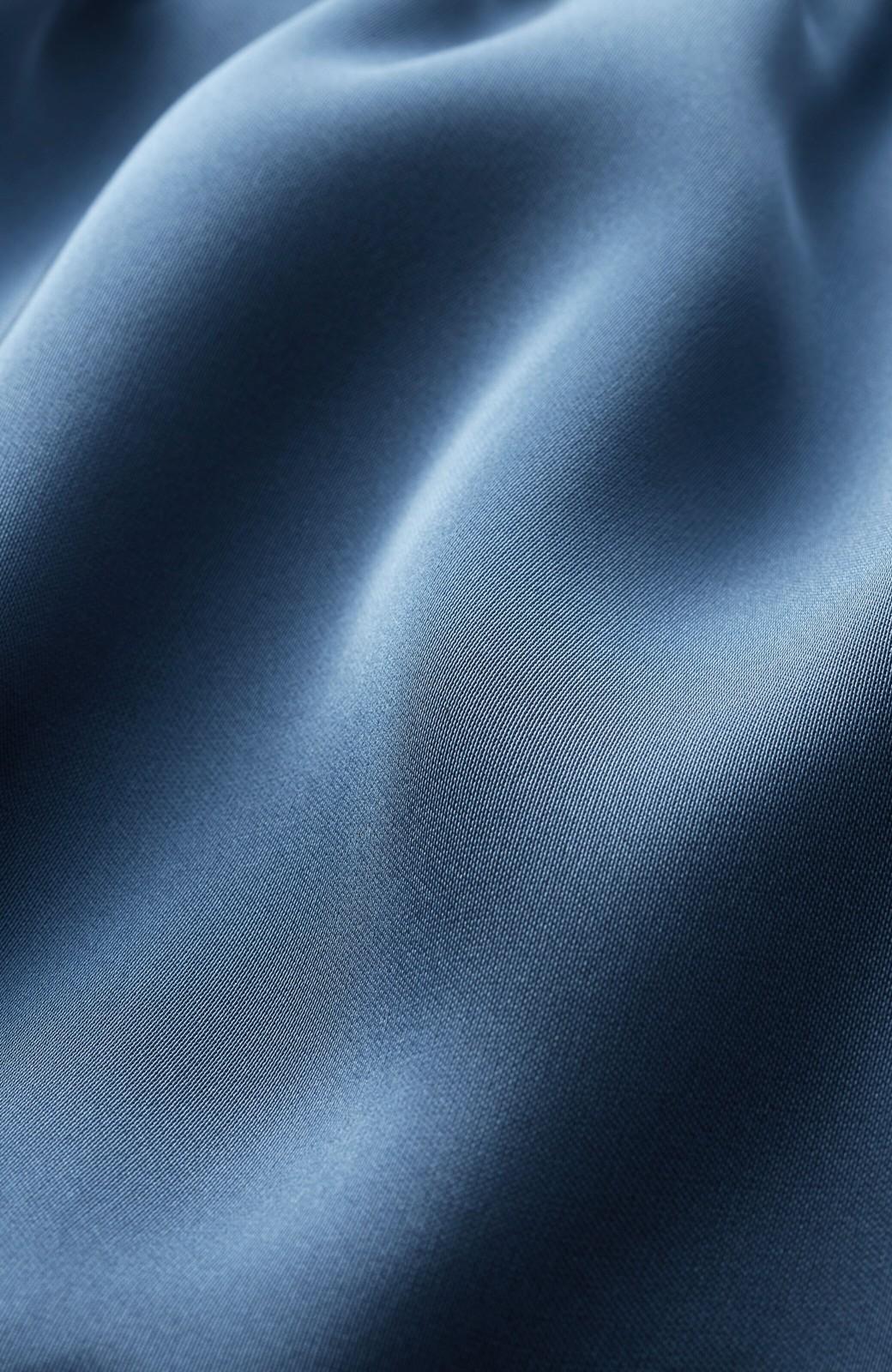 haco! 【スザンヌさんコラボ】スウェットもTシャツも着映えさせる!ラップデザイン風アシンメトリーサテンプリーツスカート by LOVE&PEACE PROJECT <ブルー>の商品写真6