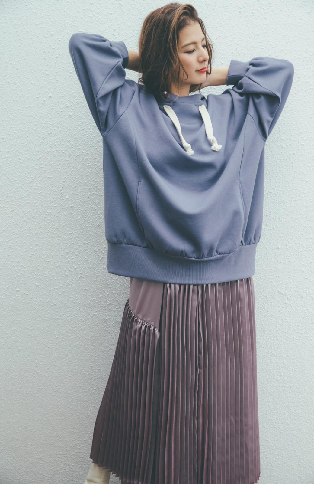 haco! 【スザンヌさんコラボ】オーバーサイズが華奢見せさせる 大人女子のためのスウェット風ビッグパーカー by LOVE&PEACE PROJECT <ラベンダー>の商品写真8
