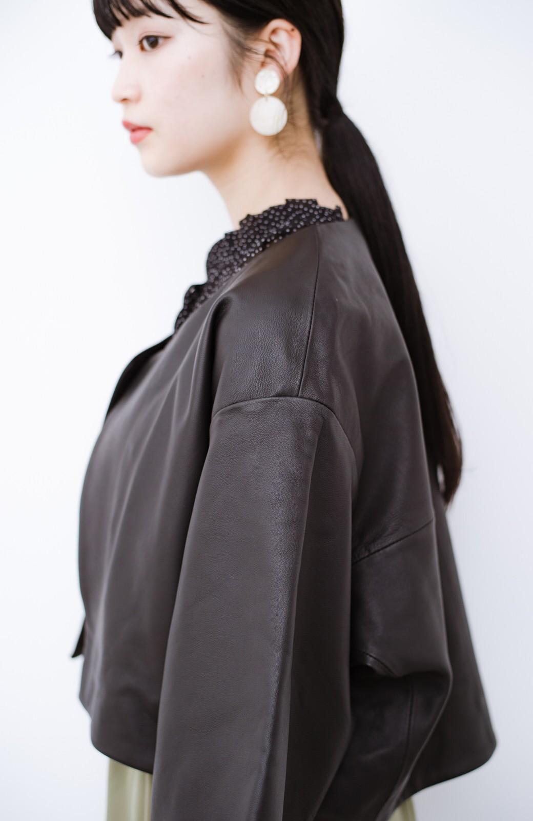 haco! BOLSISTA パッと羽織って大人かっこいいノーカラーレザージャケット <ブラック>の商品写真3
