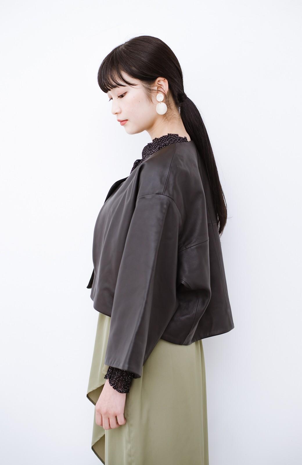 haco! BOLSISTA パッと羽織って大人かっこいいノーカラーレザージャケット <ブラック>の商品写真13