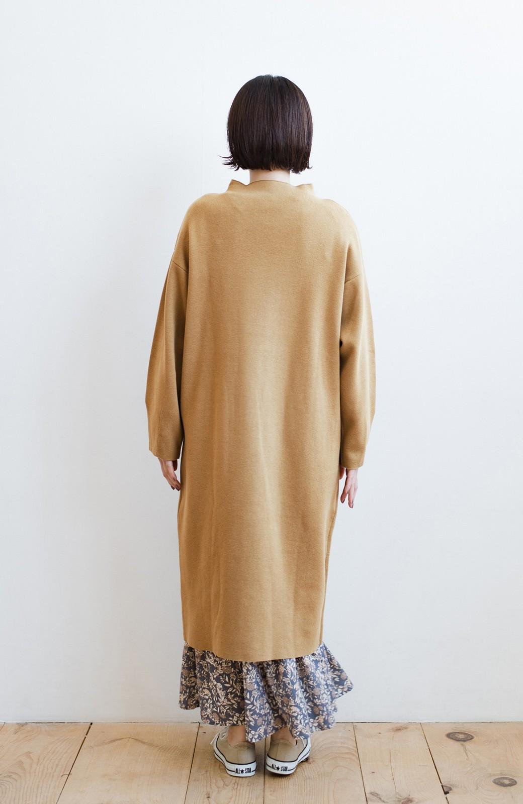 haco! お仕事にもカジュアルな重ね着にも使えて便利なミラノリブニットワンピース  <ベージュ>の商品写真13