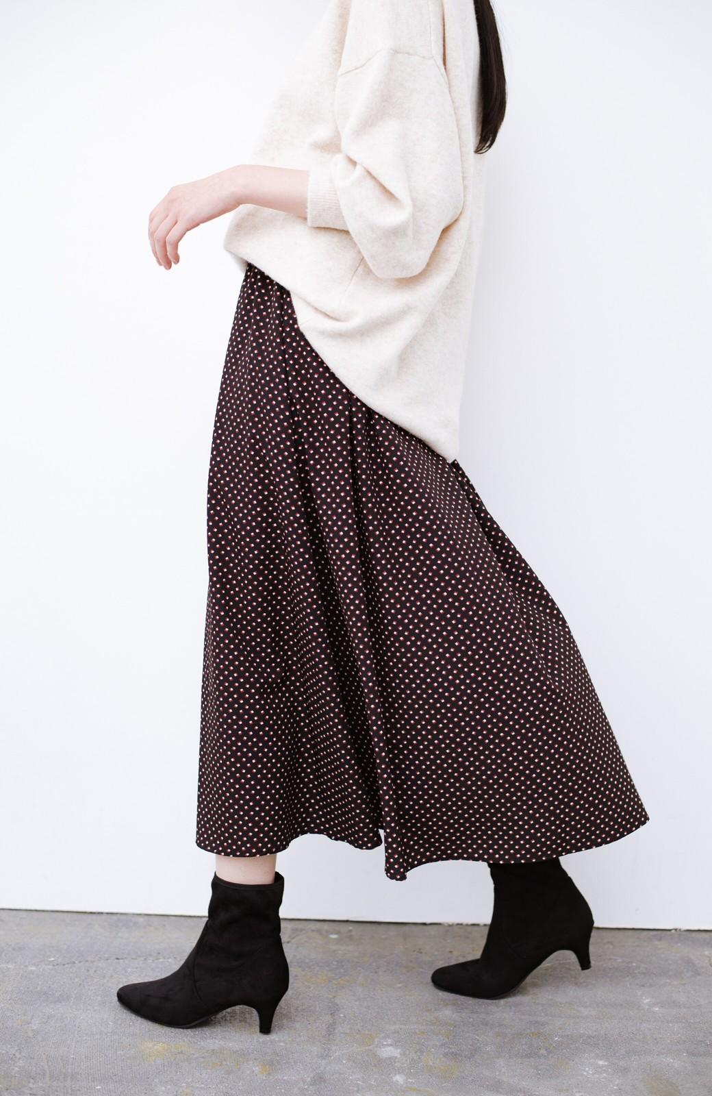 haco! デニムにもスカートにも似合う!すぽっと履けてスタイルアップが叶う女っぽフェイクスエードブーツ <ブラック>の商品写真9