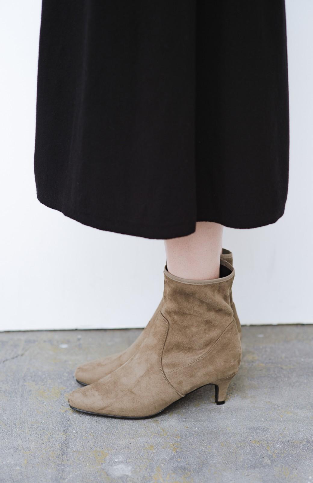 haco! デニムにもスカートにも似合う!すぽっと履けてスタイルアップが叶う女っぽフェイクスエードブーツ <ブラウン>の商品写真7