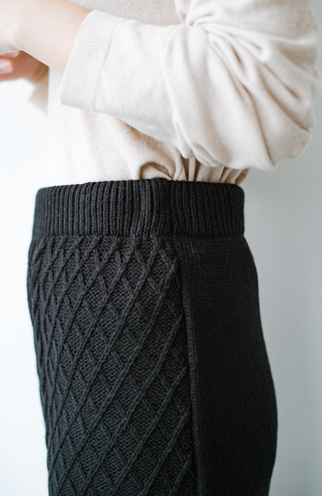 haco! 寝坊した朝でも挽回できる パッと着てかわいい便利なニットアップ <ブラック>の商品写真10