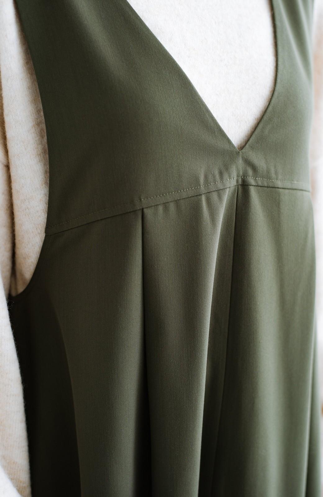 haco! 長め丈登場!Tシャツにもニットにもずーーーっと着られて便利なジャンパースカート <カーキ>の商品写真5