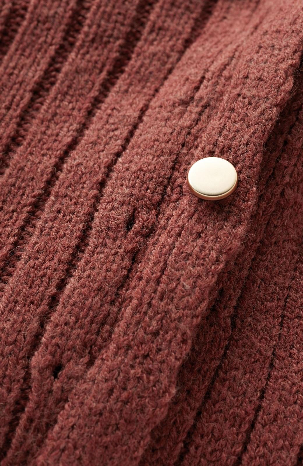 haco! 楽ちんにおめかし気分!重ね着にも便利なボタンがかわいいリブニットワンピース <ライトブラウン>の商品写真3