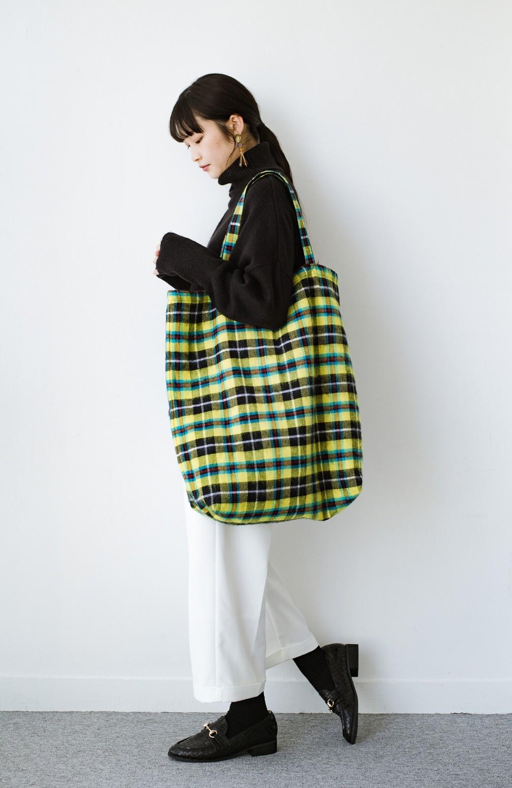haco! hint hint リバーシブルで使える 古着みたいなこなれ感のビッグサイズバッグ <イエロー>の商品写真9