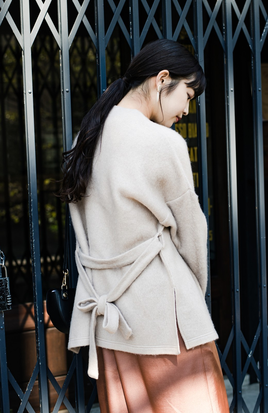 haco!  ぱっと羽織って今っぽい! ふわっと素材が気持ちいい軽やかコート <ベージュ>の商品写真4