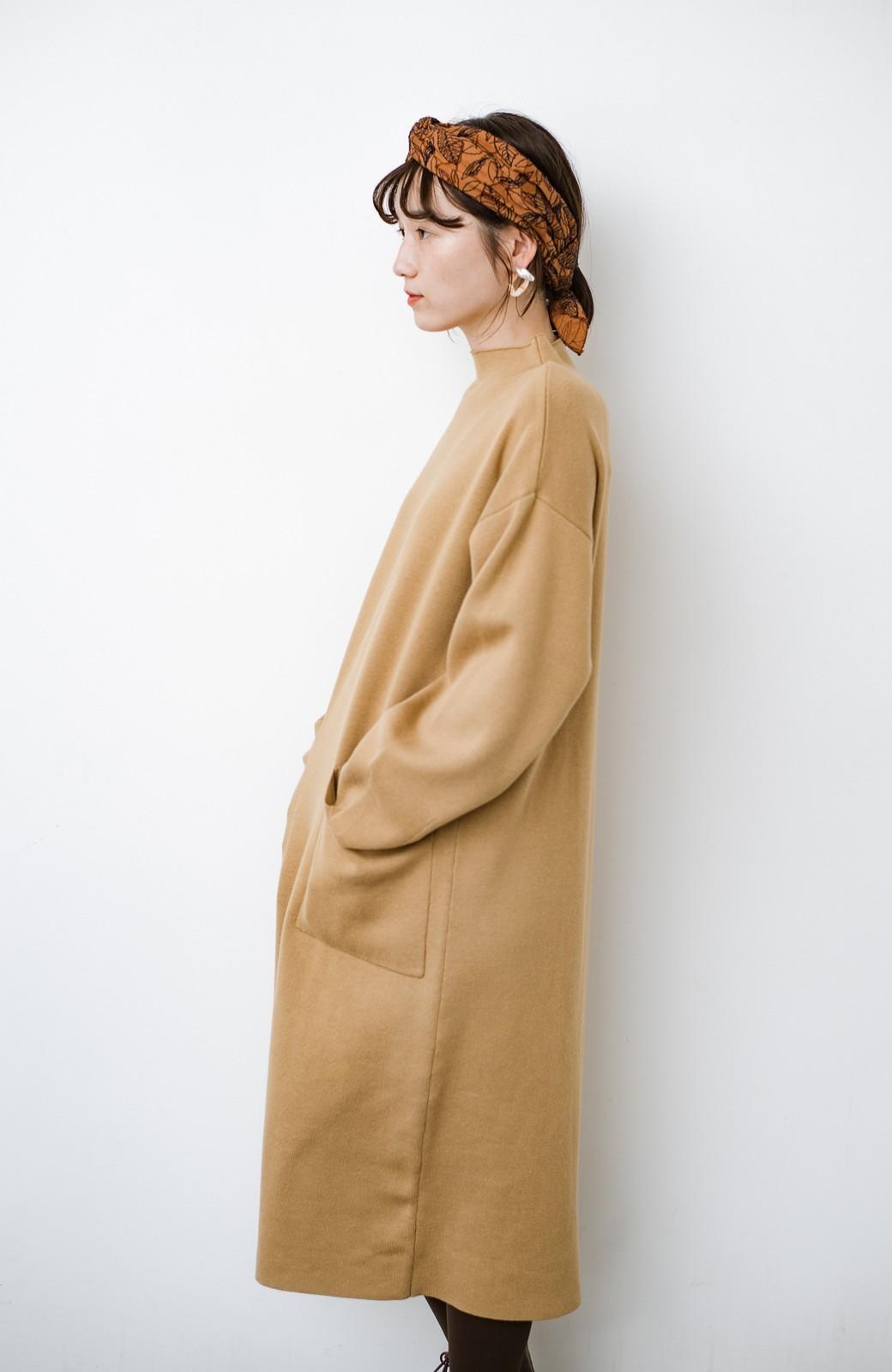 haco! お仕事にもカジュアルな重ね着にも使えて便利なミラノリブニットワンピース  <ベージュ>の商品写真3