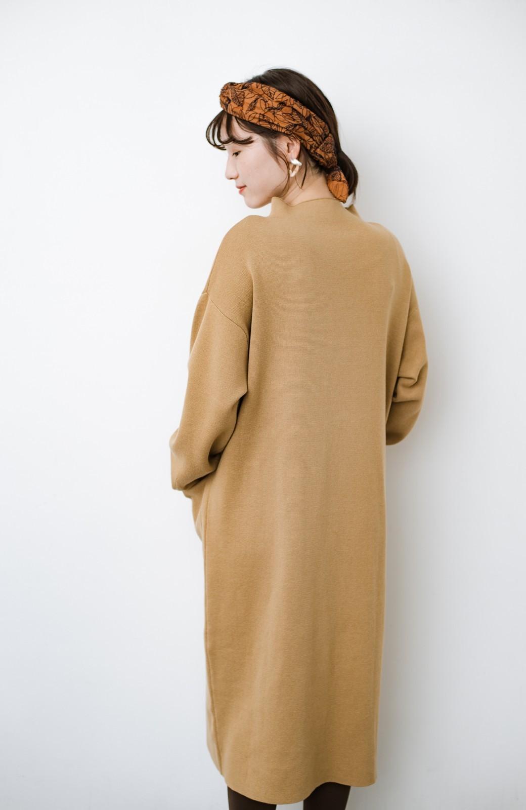 haco! お仕事にもカジュアルな重ね着にも使えて便利なミラノリブニットワンピース  <ベージュ>の商品写真9
