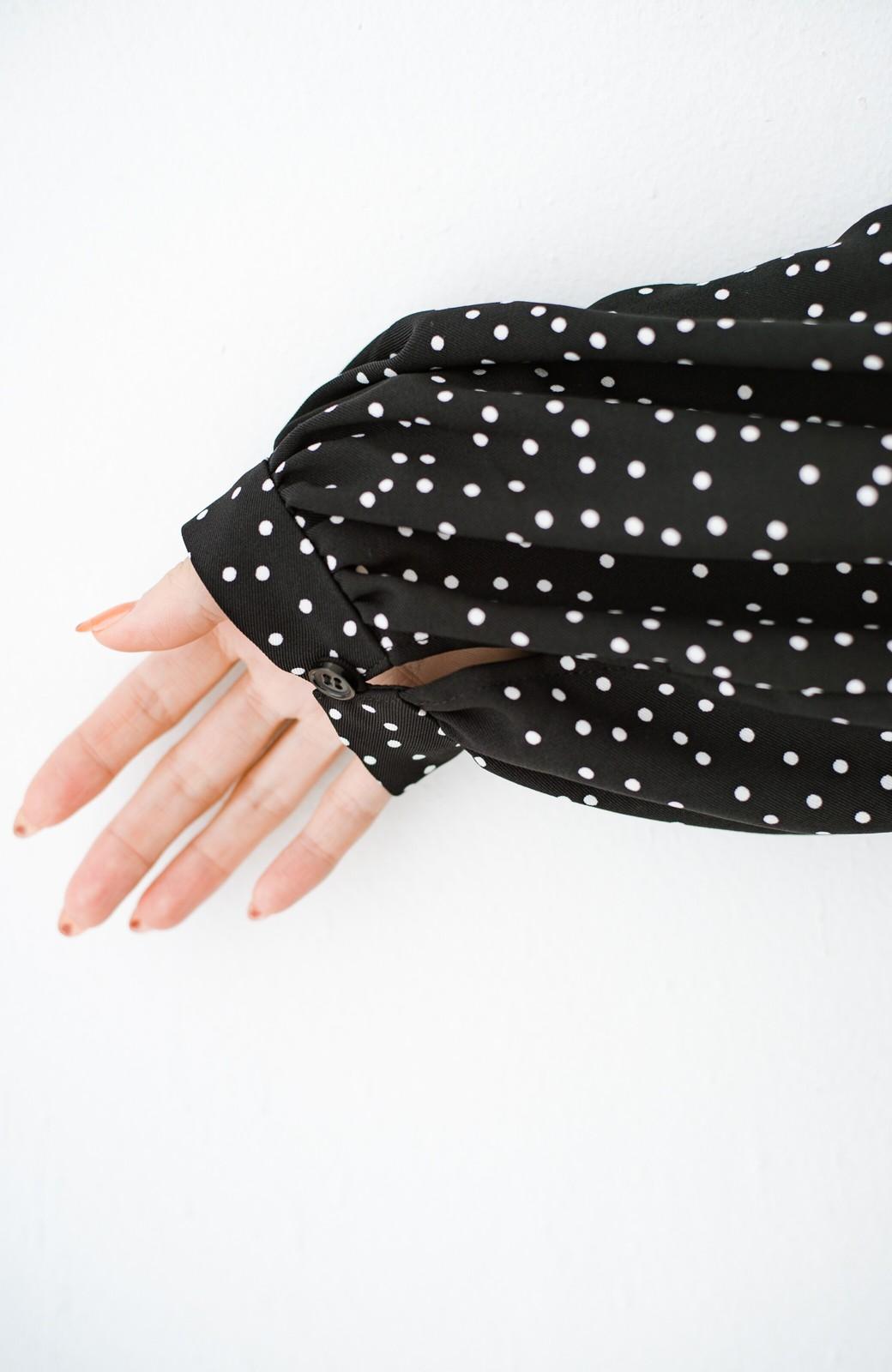 haco! 1枚でも重ね着でもかわいさ後押し!着まわし力が自慢の星空風ドットのティアードワンピース <ブラック系その他>の商品写真8
