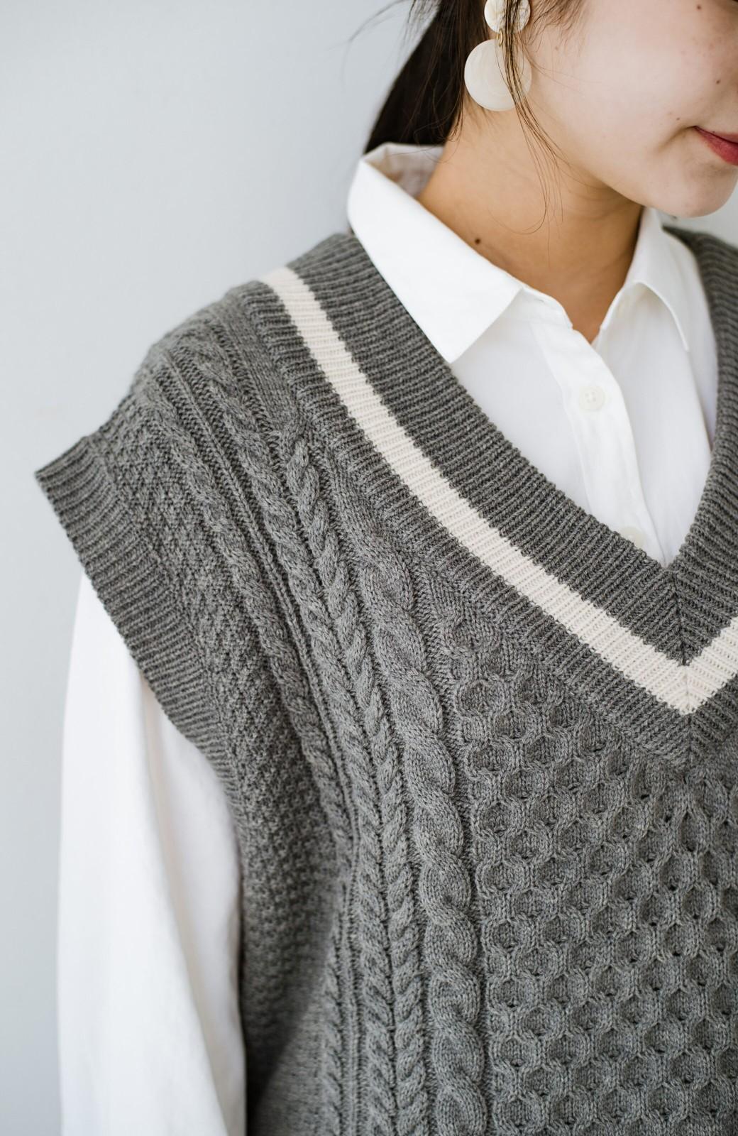 haco! ニットとのこなれた重ね着が簡単にできる!なめらか素材でつくった大人のためのシンプルシャツ <ホワイト>の商品写真9