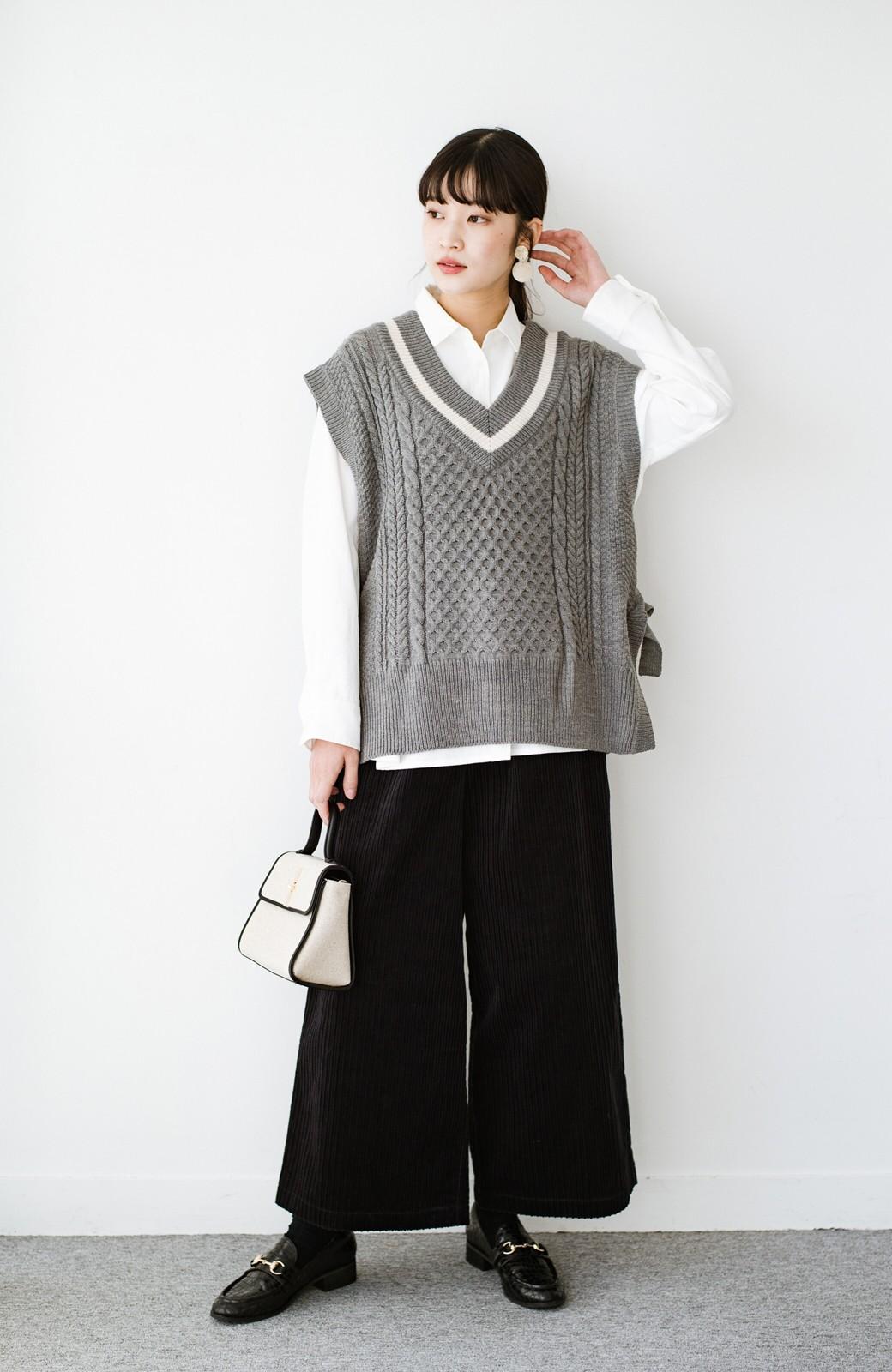 haco! ニットとのこなれた重ね着が簡単にできる!なめらか素材でつくった大人のためのシンプルシャツ <ホワイト>の商品写真14