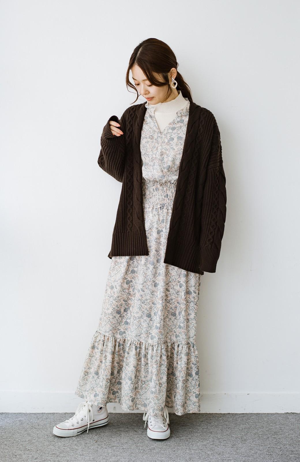 haco! 【スザンヌさんコラボ】大人の華やかさを詰め込んだ ウエストシャーリングのスタイルアップワンピース by LOVE&PEACE PROJECT <ベージュ>の商品写真2