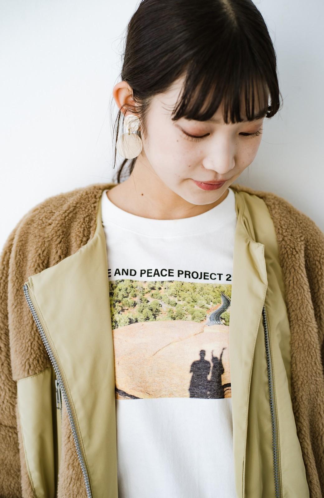 haco! 【高橋愛さんコラボ】フォトプリントのユニセックスロングTシャツ by LOVE&PEACE PROJECT + PBP  <ホワイト>の商品写真29