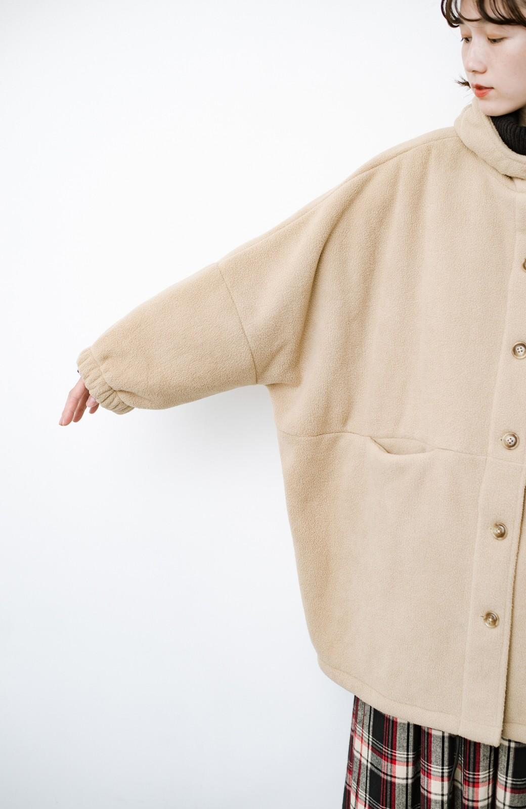 haco! さっと羽織って今っぽい ゆるっとサイズがかわいい裏起毛のあったかジャケットby Z of zampa Organic <ライトベージュ>の商品写真9