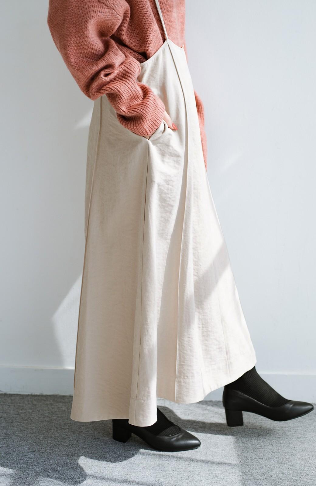 haco! トップス次第で着まわし自在! 微起毛素材があたたかみのあるキャミサロペットスカート <アイボリー>の商品写真7