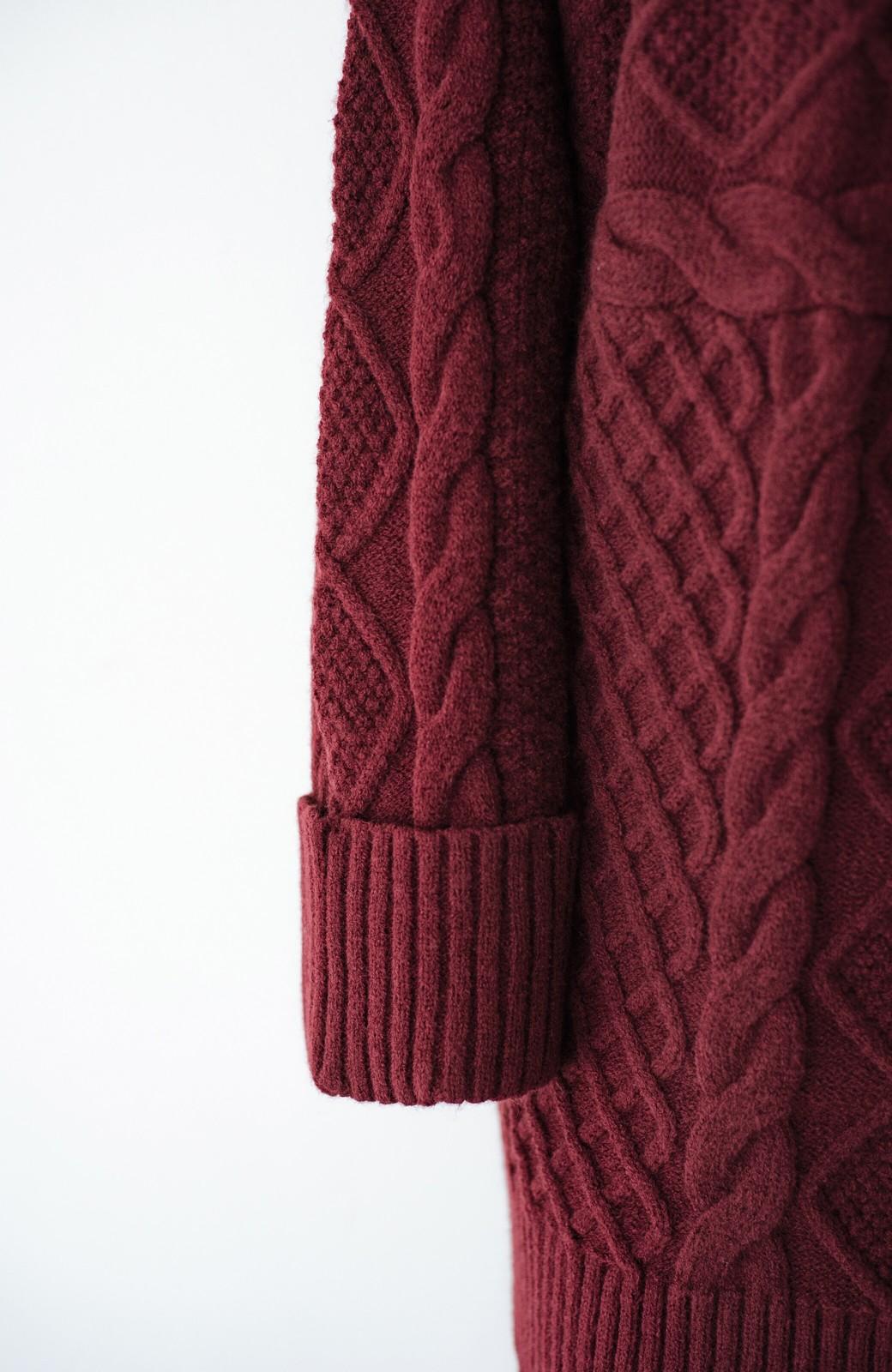 haco! コーデの主役になる編み地にきゅん ゆるりと全部隠して可愛いビッグシルエットニット <ボルドー>の商品写真9