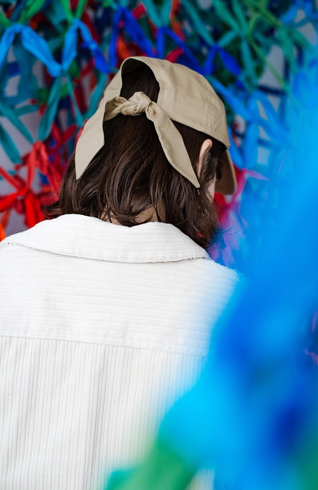 haco! シーッといたずらに笑う唇にきゅんとする刺繍のキャップ from Stitch by Stitch <ベージュ>の商品写真9