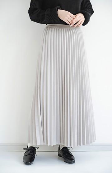 haco! たちまち旬顔!ニットにもスウェットにも似合うフェイクスエードのプリーツスカート by Nohea <グレー>の商品写真