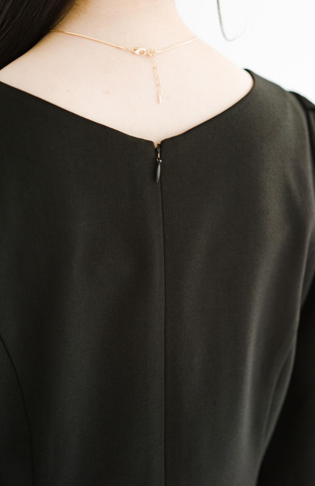 haco! きちんとシーンもオシャレでいたい大人のためのボリューム袖がかわいい麻調素材のワンピース by que made me <ブラック>の商品写真8