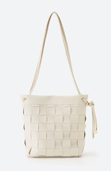haco! さっと持って女っぽ 手編みメッシュが上品なやわらかフェイクレザーのトートバッグ <オフホワイト>の商品写真