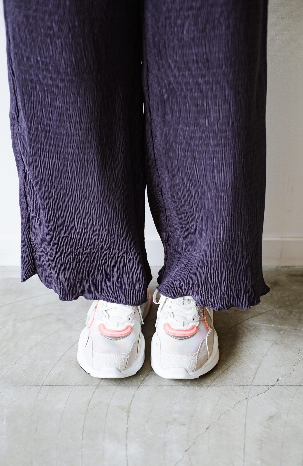 haco! 1枚でも重ね着コーデにも しわも気にせず着まわせる便利な楊柳パンツ <ダークラベンダー>の商品写真12