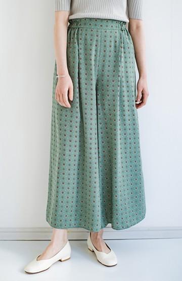 haco! らくちん&着映えが頼りになる 安心感たっぷりスカートみたいなシルエットの柄パンツ <ブルー>の商品写真