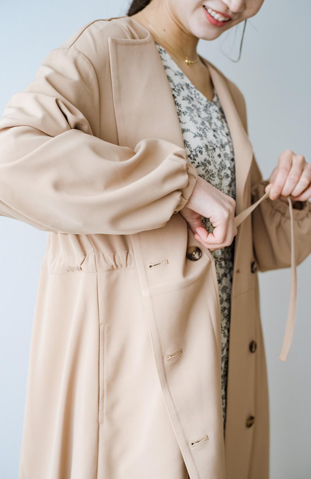 haco! さっと羽織って女っぽさプラス!気分もルンとするやわらか素材のロングコート <ベージュ>の商品写真6