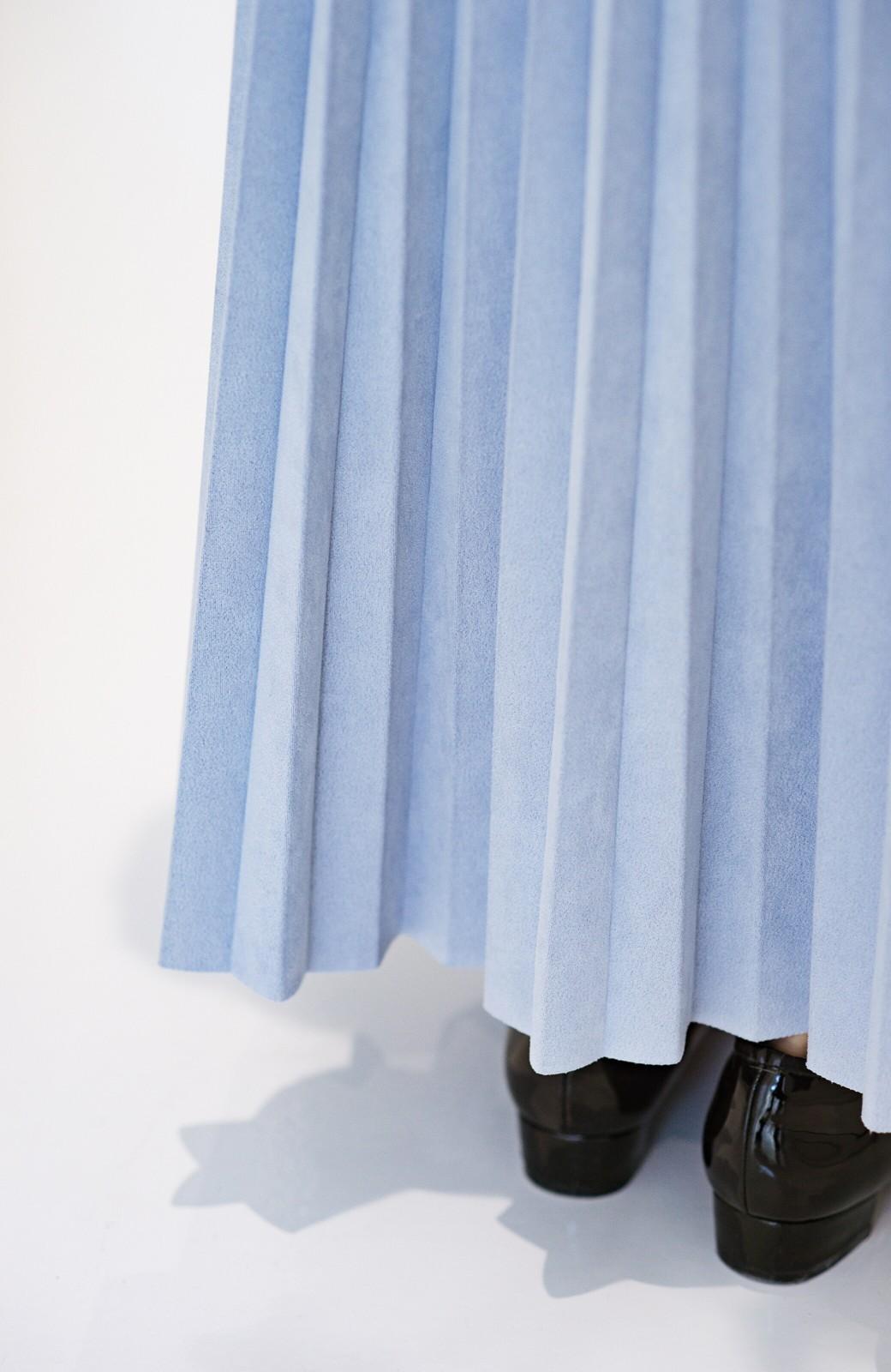 haco! たちまち旬顔!ニットにもスウェットにも似合うフェイクスエードのプリーツスカート by Nohea <ライトブルー>の商品写真5