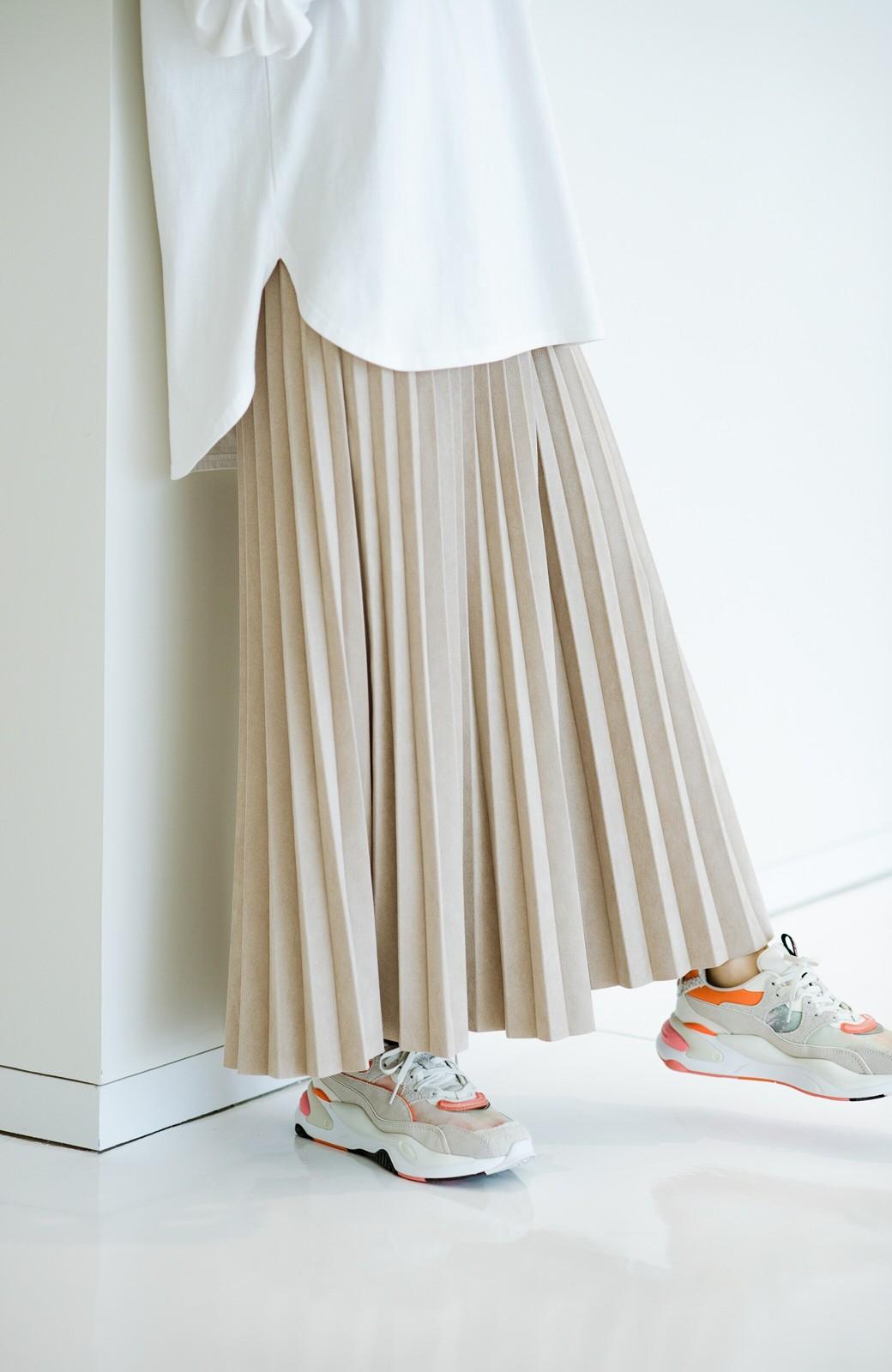 haco! たちまち旬顔!ニットにもスウェットにも似合うフェイクスエードのプリーツスカート by Nohea <ライトベージュ>の商品写真7