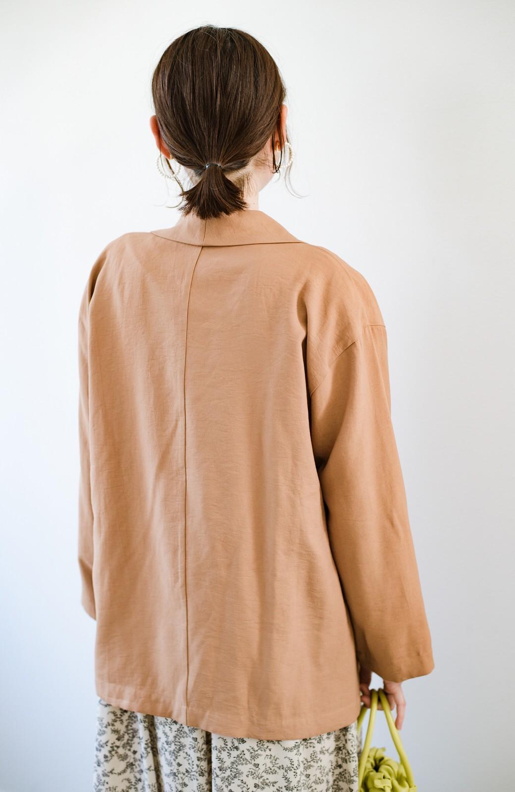 haco! さらりと羽織ってきれい見え カジュアルにも着られてほどよいきちんと感が頼りになるリラックスジャケット <キャメル>の商品写真20