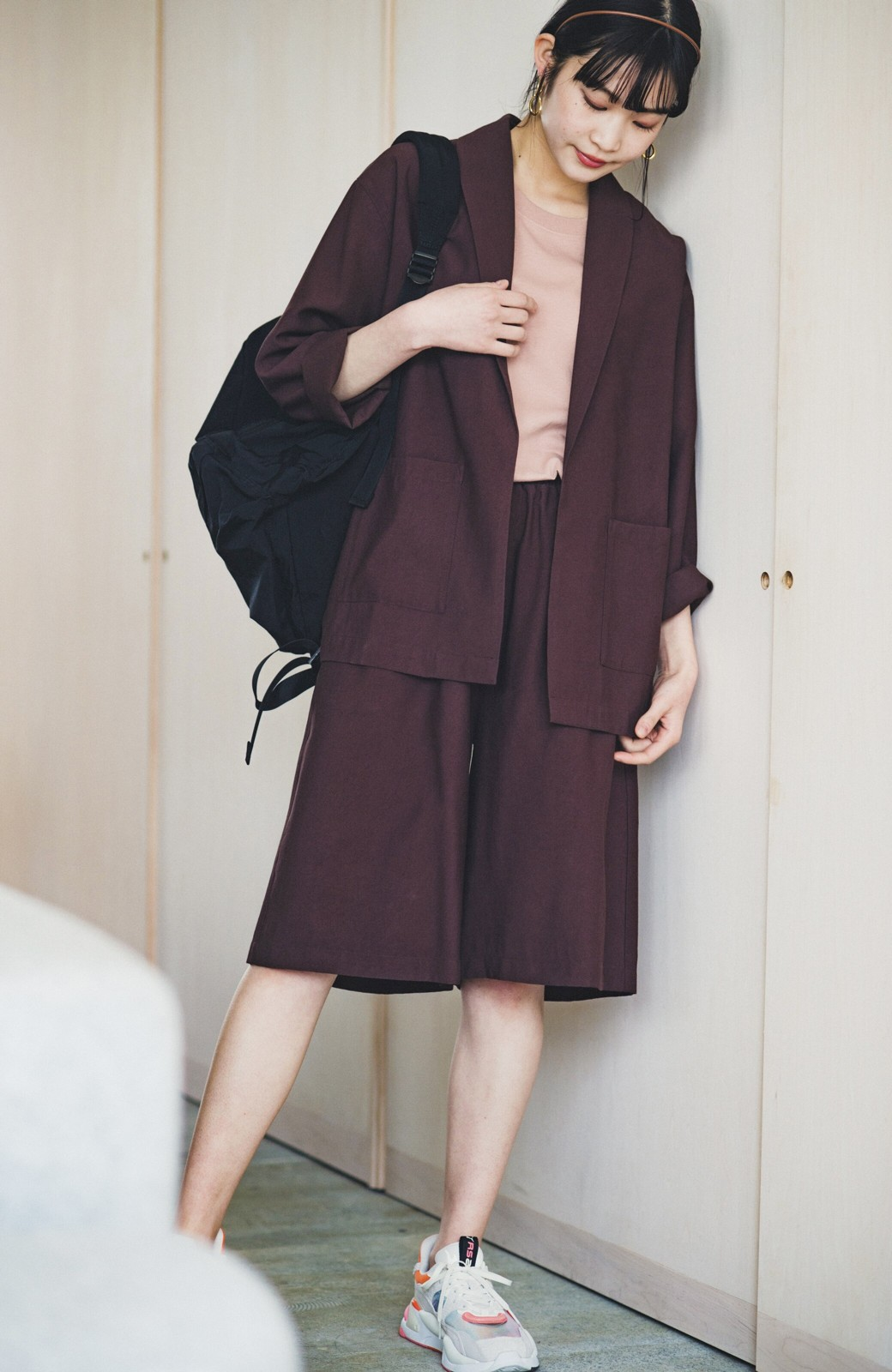 haco! さらりと羽織ってきれい見え カジュアルにも着られてほどよいきちんと感が頼りになるリラックスジャケット <チョコ>の商品写真5