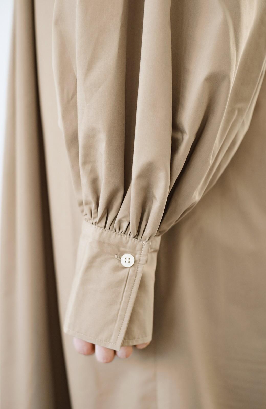 haco! いろいろ着まわせて簡単に今っぽコーデが完成!さらりとシャツ素材が心地いいベストとワンピースのセット <ベージュ>の商品写真12