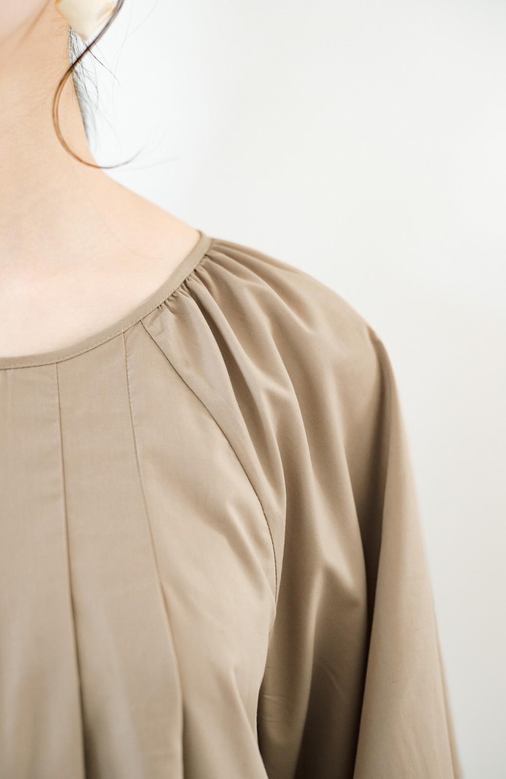 haco! いろいろ着まわせて簡単に今っぽコーデが完成!さらりとシャツ素材が心地いいベストとワンピースのセット <ベージュ>の商品写真27