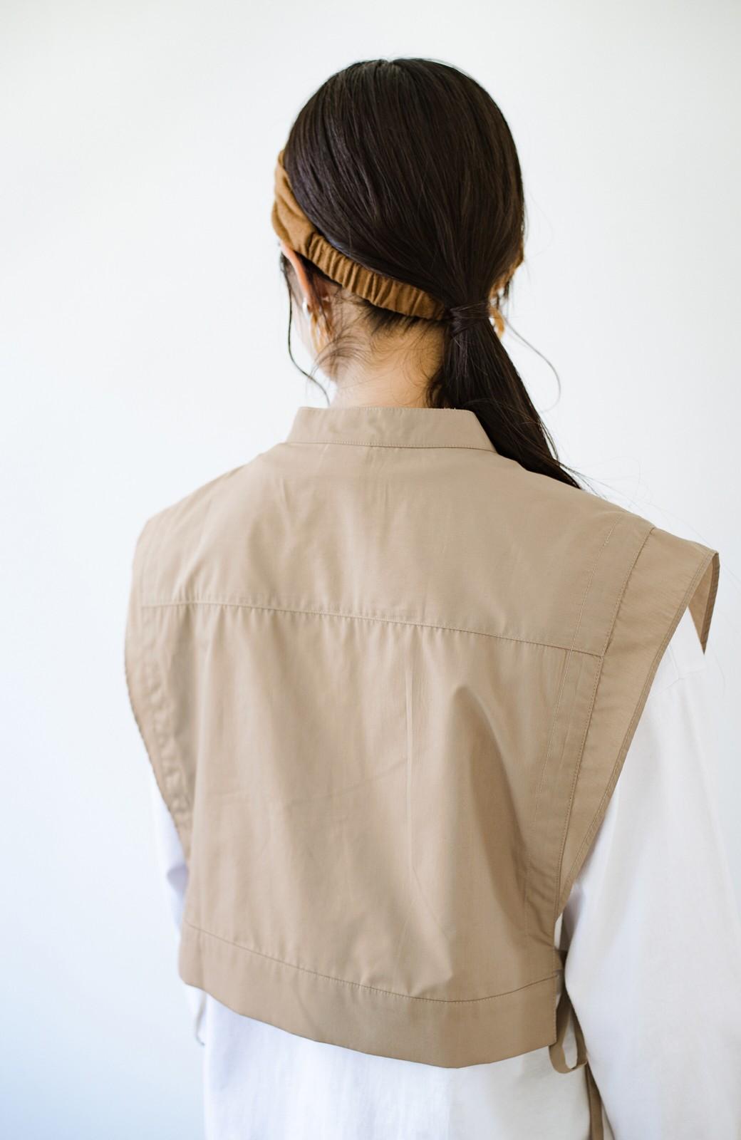 haco! いろいろ着まわせて簡単に今っぽコーデが完成!さらりとシャツ素材が心地いいベストとワンピースのセット <ベージュ>の商品写真26