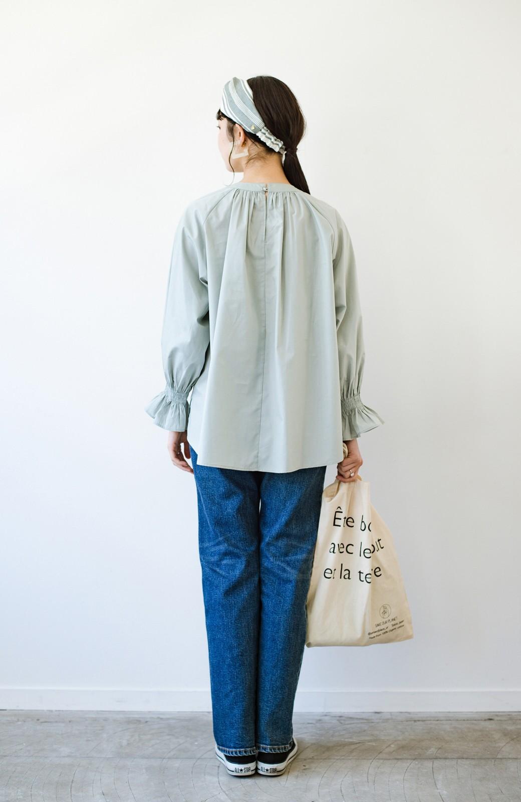 haco! パッと着るだけで新鮮&おしゃれ見え!ゆるめサイズが今っぽいチャイナボタンブラウス <ミント>の商品写真18