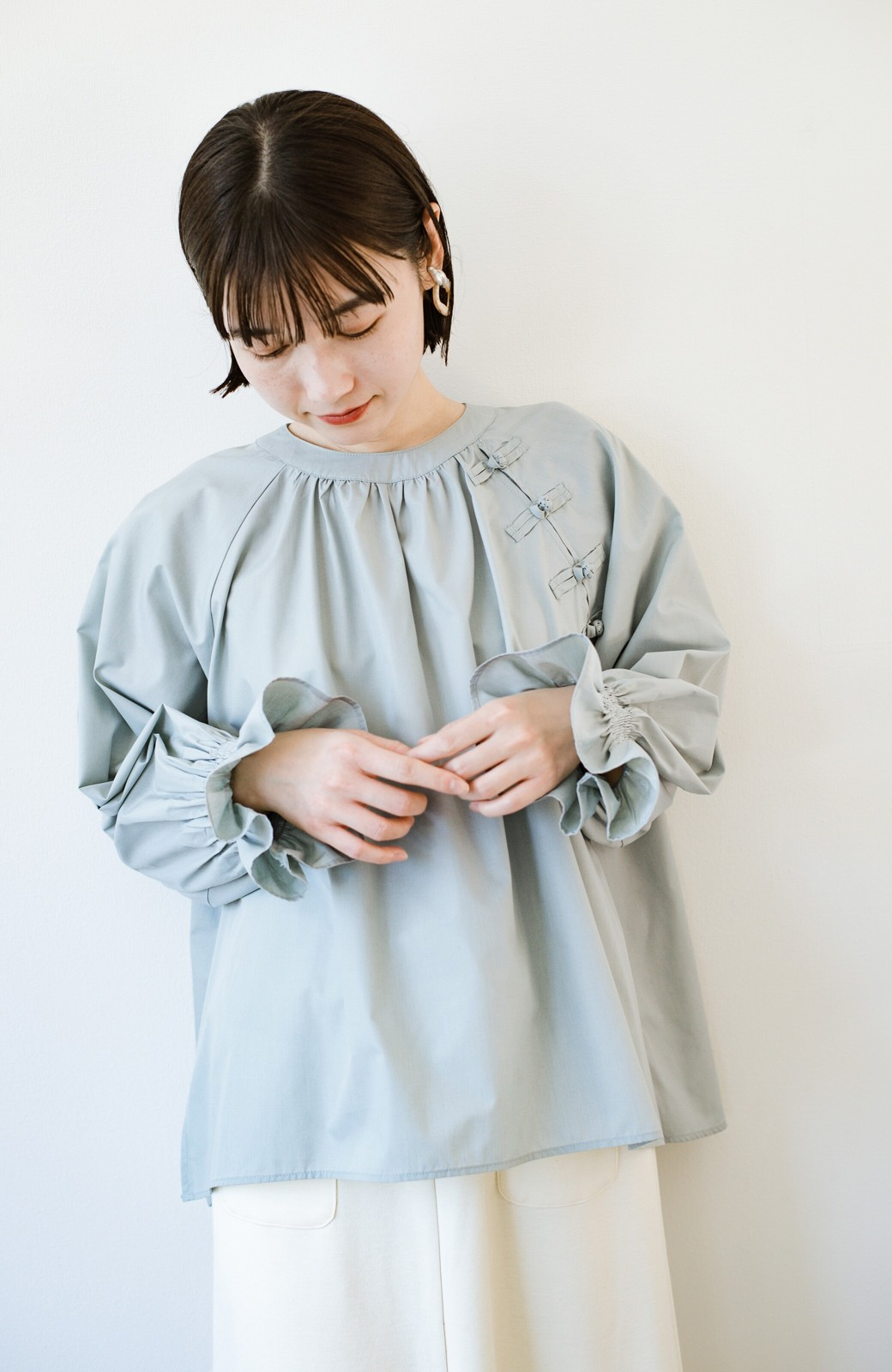 haco! パッと着るだけで新鮮&おしゃれ見え!ゆるめサイズが今っぽいチャイナボタンブラウス <ミント>の商品写真20