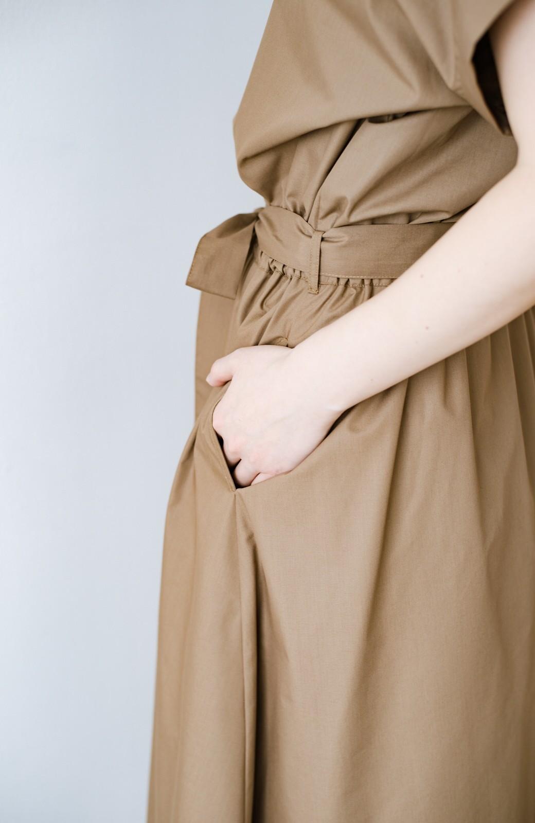haco! お仕事にもデートにも!ウエストリボンで印象チェンジできるシャツワンピース <ダークベージュ>の商品写真9