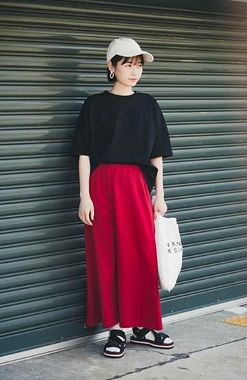 haco! 【洗濯機洗い可】日々に彩りをプラス!おしゃれ度と気分を上げてくれる綺麗色スカート <レッド>の商品写真