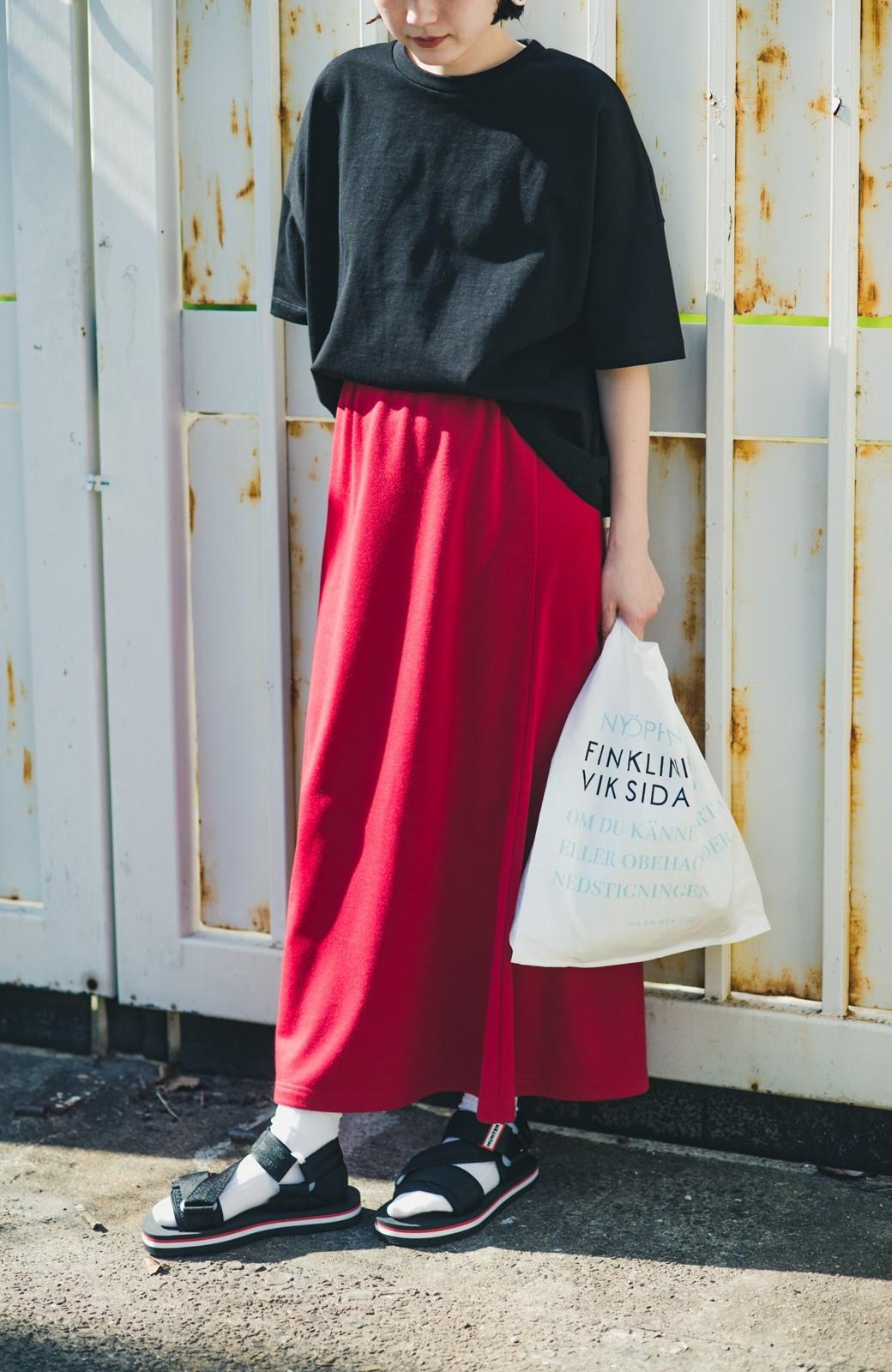 haco! 【洗濯機洗い可】日々に彩りをプラス!おしゃれ度と気分を上げてくれる綺麗色スカート <レッド>の商品写真5