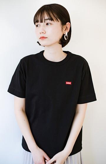 haco! さりげないロゴがコーデのポイントになるファンクションファブリックジャージークルーネックTシャツ by Healthknit <ブラック>の商品写真