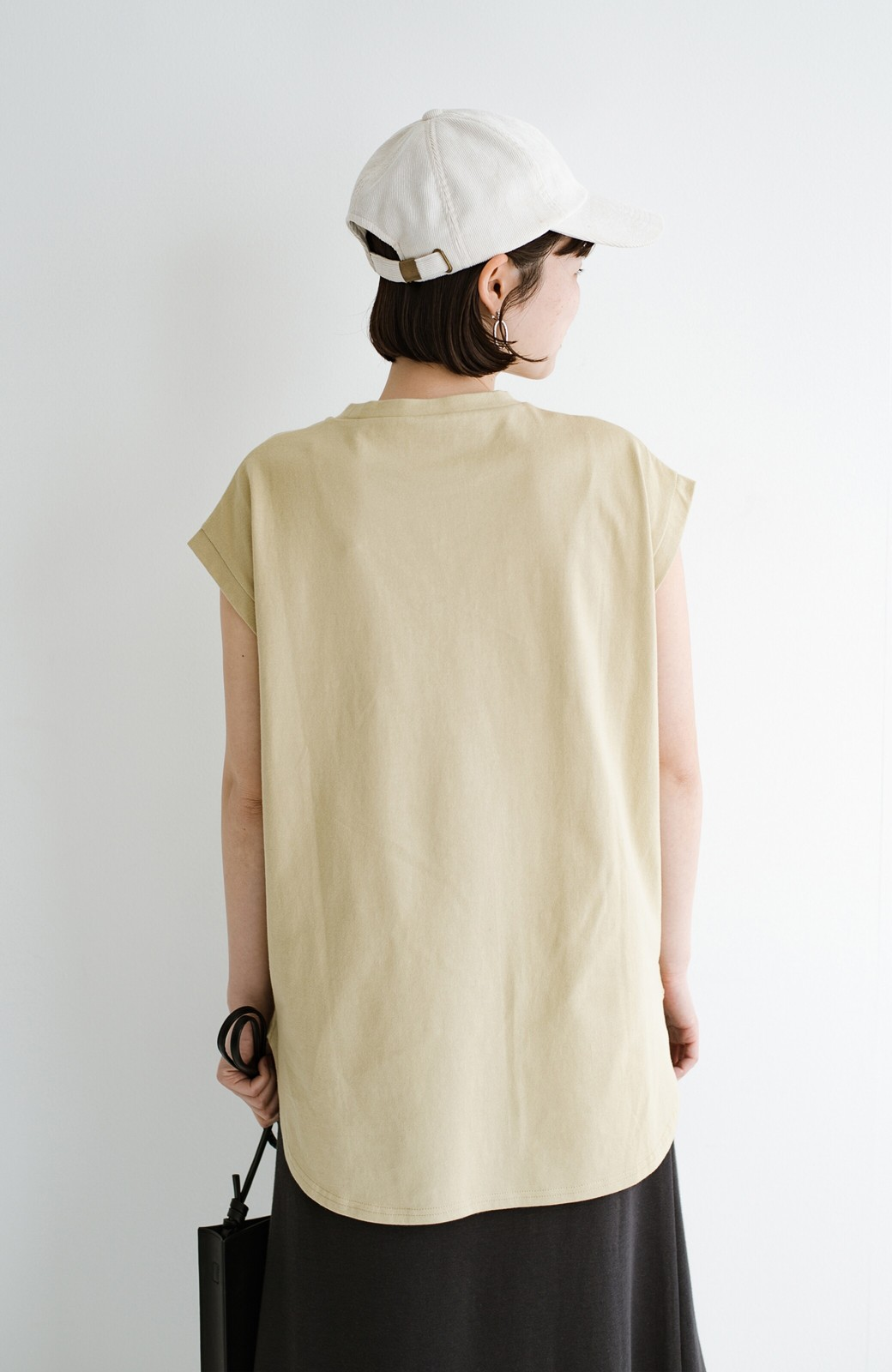 haco! 大人のTシャツこれならいける?!ちょい袖でかっこよく見せるTシャツ by que made me + PBP <ベージュ>の商品写真13