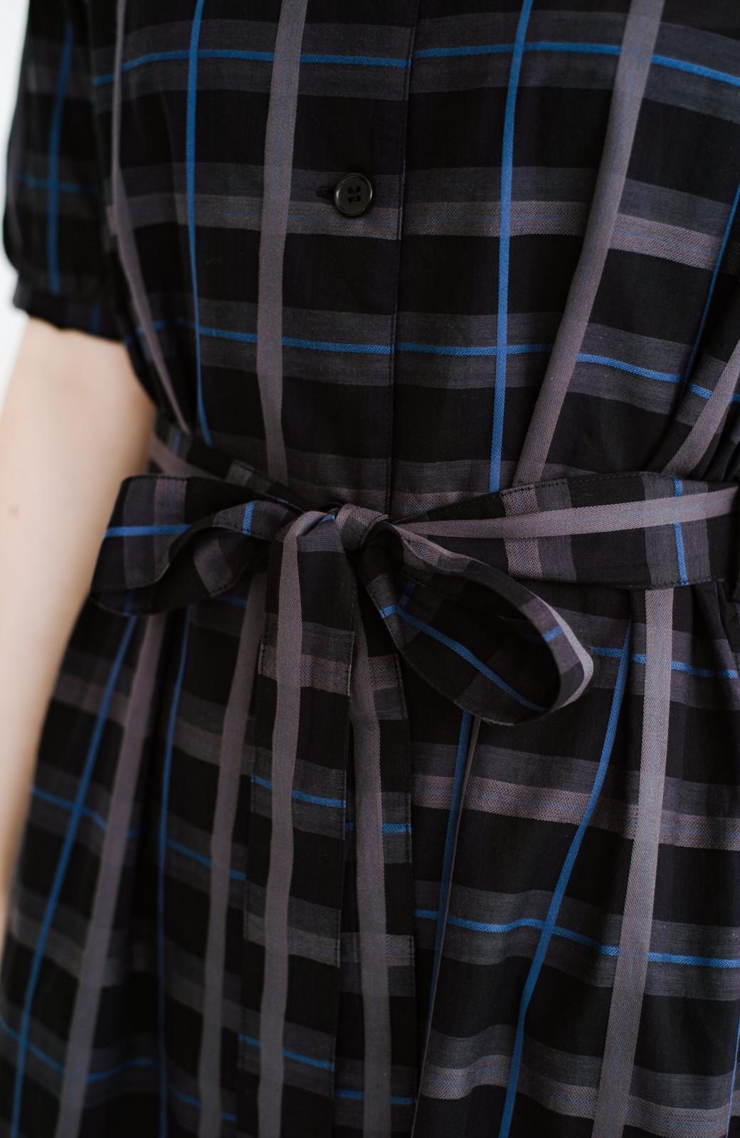 haco! 1枚でも羽織っても様になるベルト付きワンピースとインナーキャミワンピースセット <ブラック>の商品写真7