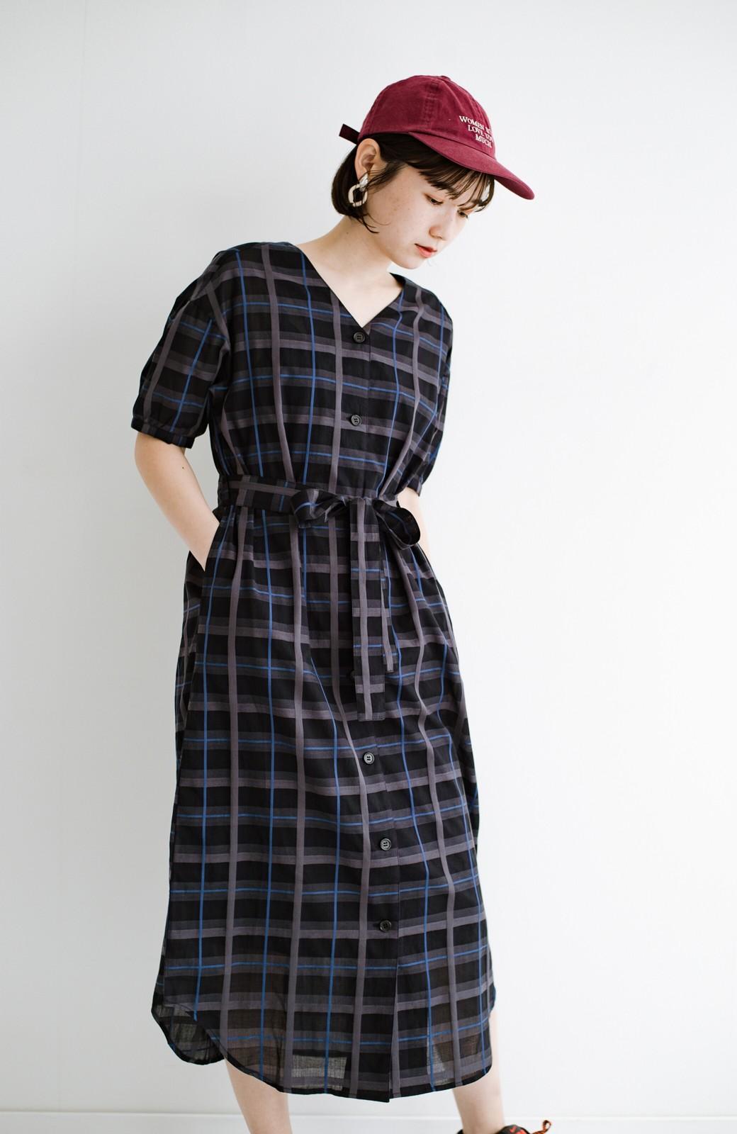 haco! 1枚でも羽織っても様になるベルト付きワンピースとインナーキャミワンピースセット <ブラック>の商品写真23
