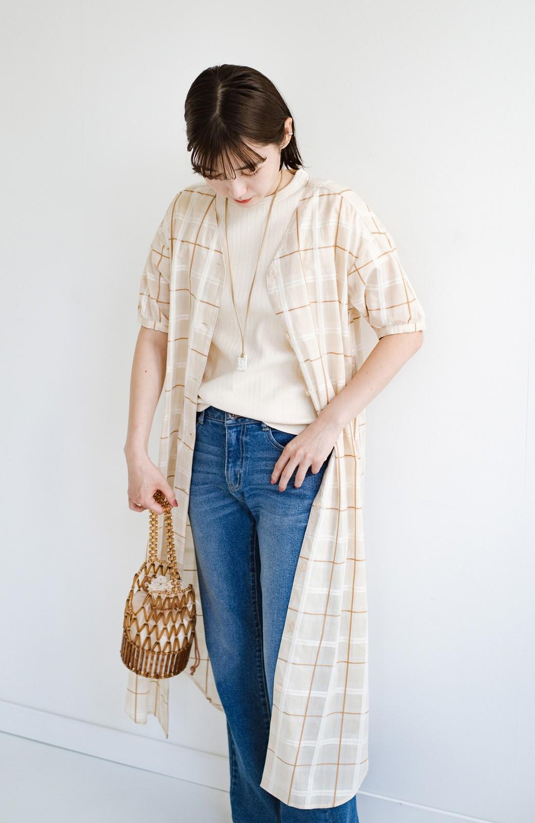 haco! 1枚でも羽織っても様になるベルト付きワンピースとインナーキャミワンピースセット <ライトベージュ>の商品写真10