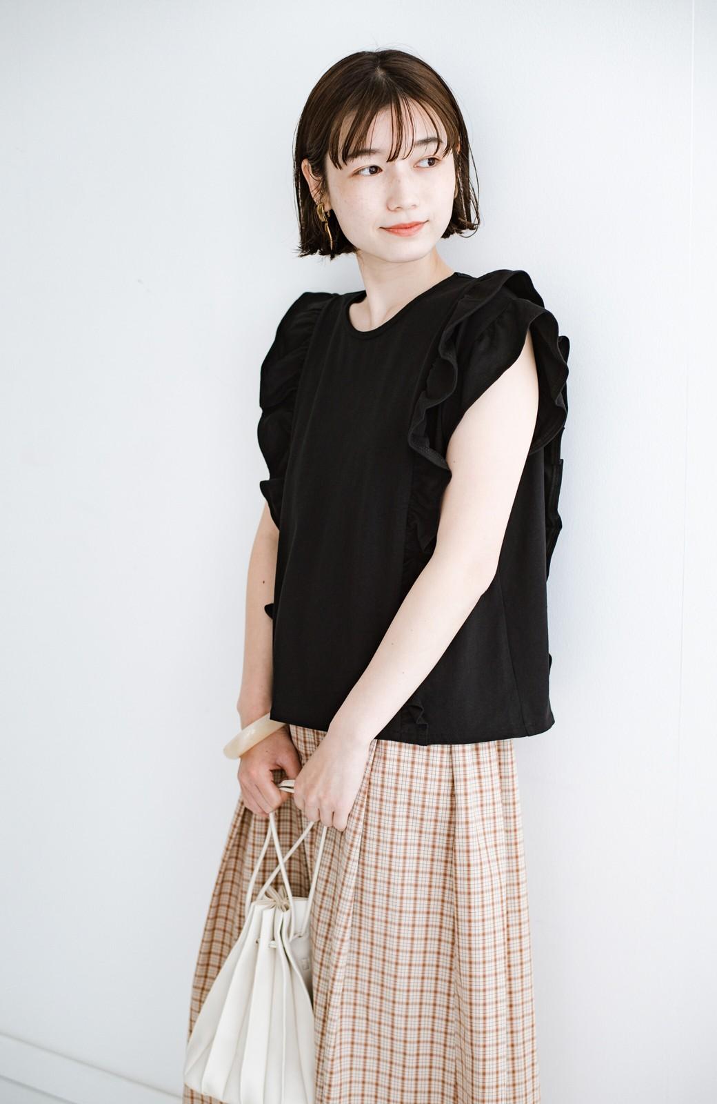 haco! (φ)顔周りぱっと華やか!Tシャツ感覚で着られて便利なフリルカットソートップス <ブラック>の商品写真20
