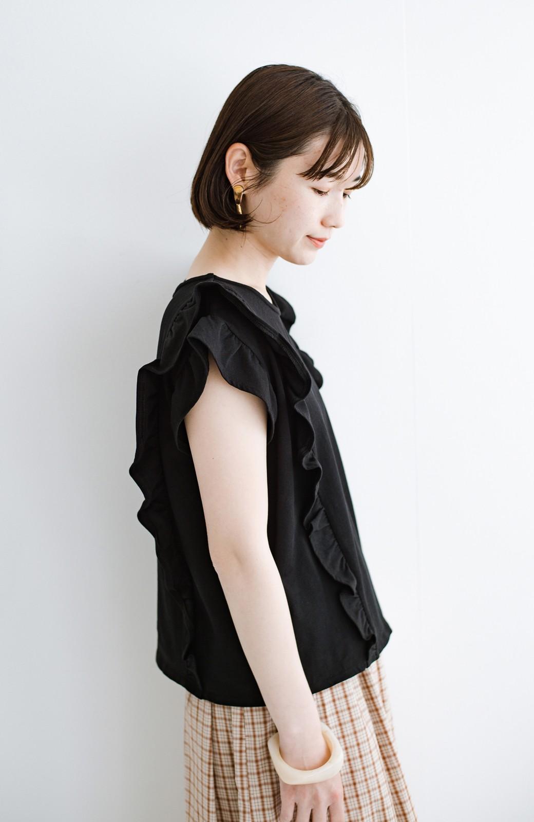 haco! (φ)顔周りぱっと華やか!Tシャツ感覚で着られて便利なフリルカットソートップス <ブラック>の商品写真9