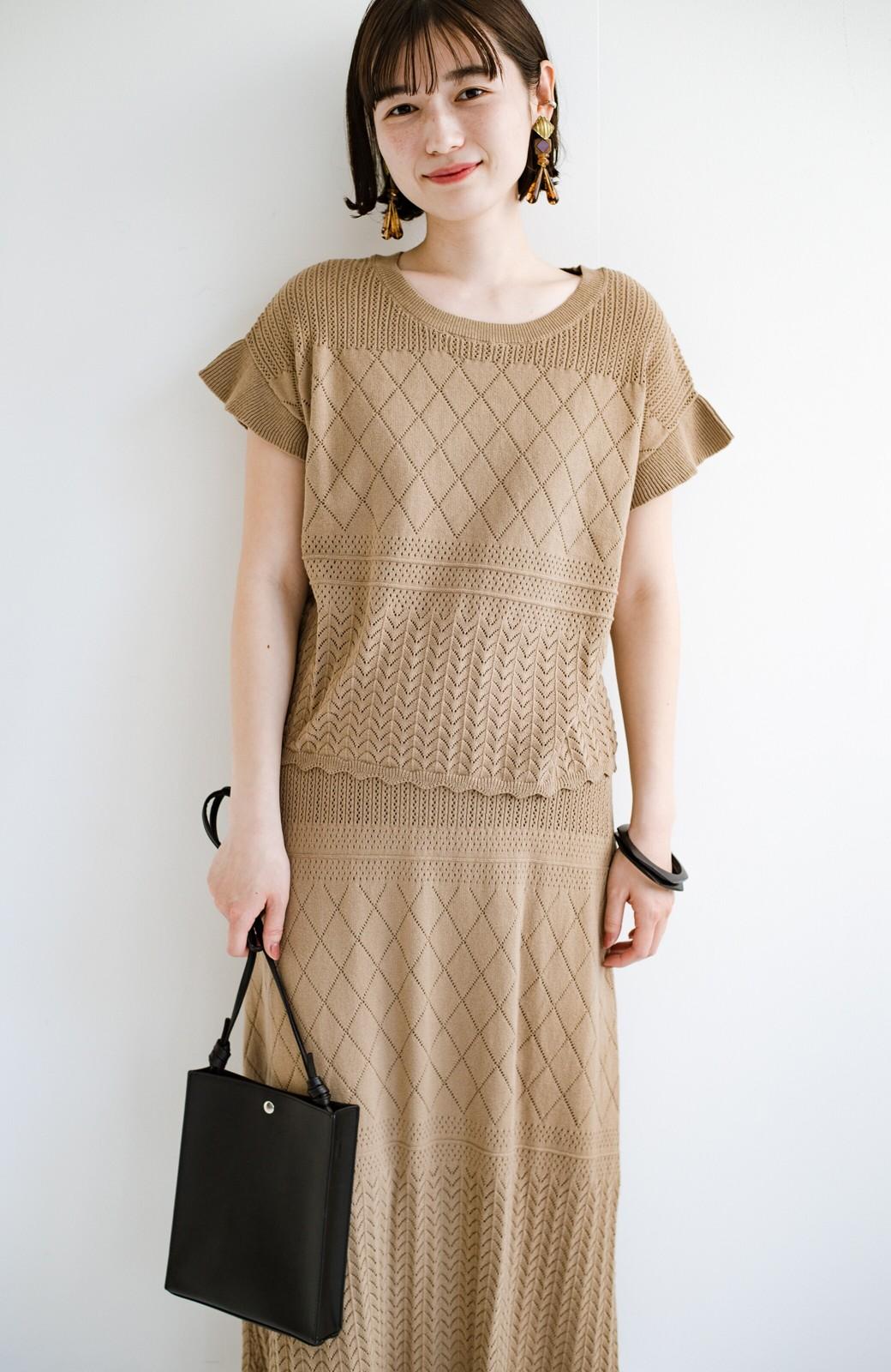haco! (φ)透けすぎないから安心して着られる 華やか透かし編みニットトップス <カーキブラウン>の商品写真21