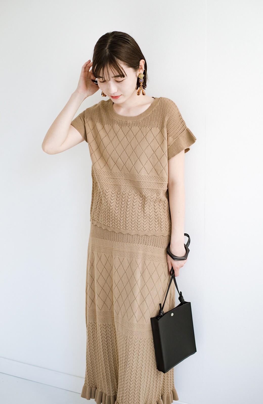 haco! (φ)透けすぎないから安心して着られる 華やか透かし編みニットトップス <カーキブラウン>の商品写真20